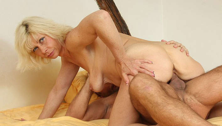 Granny Sex With Her Son-in-Law