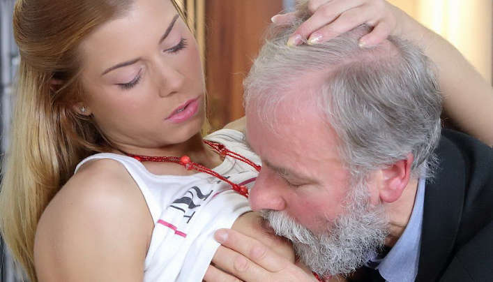 Old Porn Daddy Faun Shaggs With Chrissy Fox