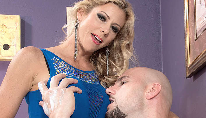 Alexis Fawx 40 Something Mag