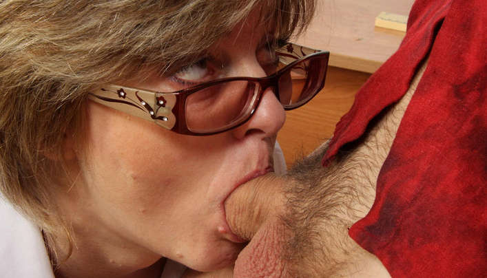 Old Teacher Deepthroat