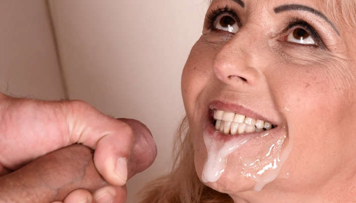 Granny Mouth Cumshot