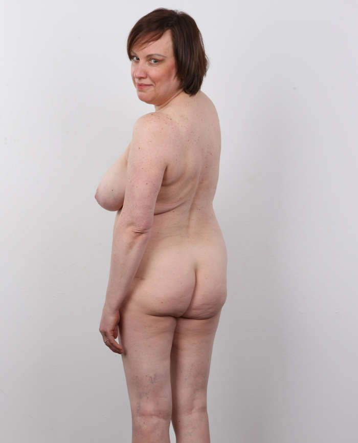 Fat Czech Mom Posing Naked