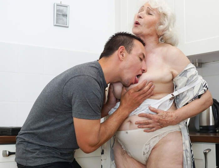 Really Old Mature Pussy Pics