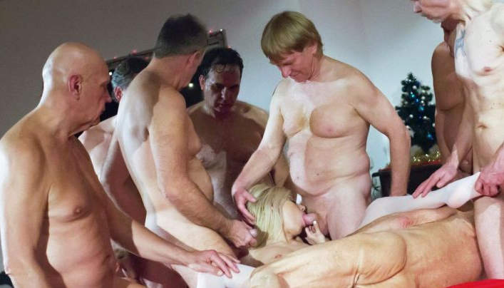 Oldje Christmas Gangbang :  Old Men Wild Sex