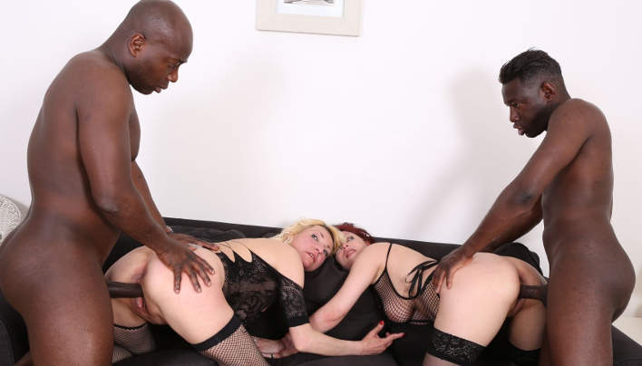 Mature Interracial Group Sex : Down for Blacks