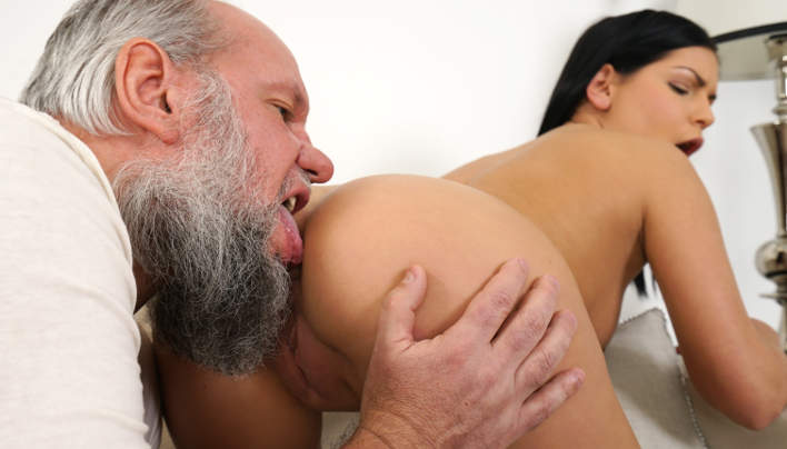 Annie Wolf Old Man Porn : Grey Bearded Albert Comes Back