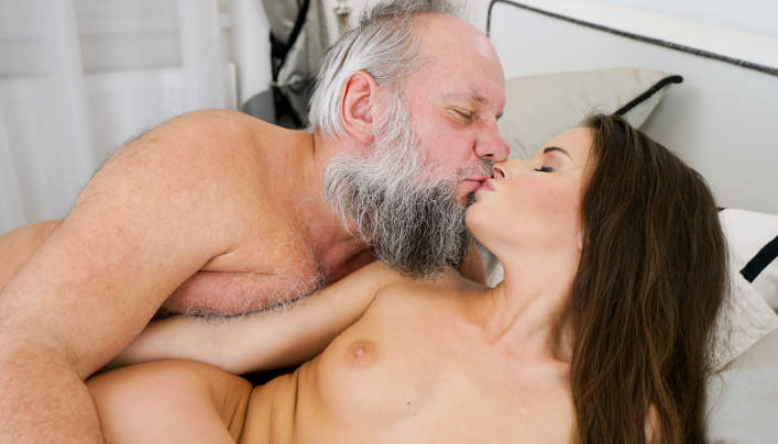 Anita Bellini New Old Man Sex : Bearded Libertine