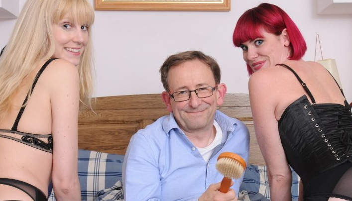 Old Libertines Spanks Alterna Teen :  AAA Spanking Porn