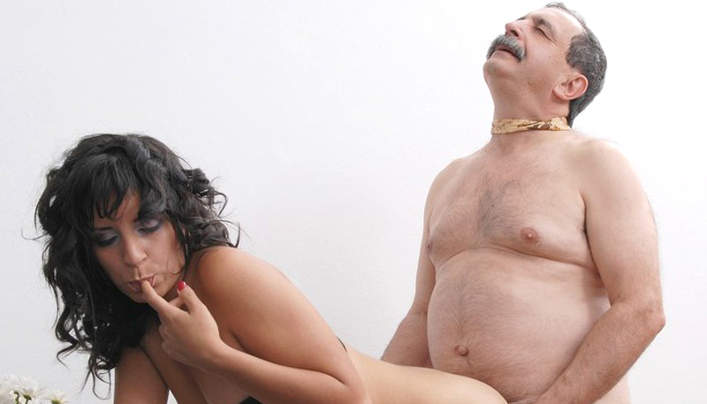 Sweet Latino Woman Daddy Sex : Chubby Libertine